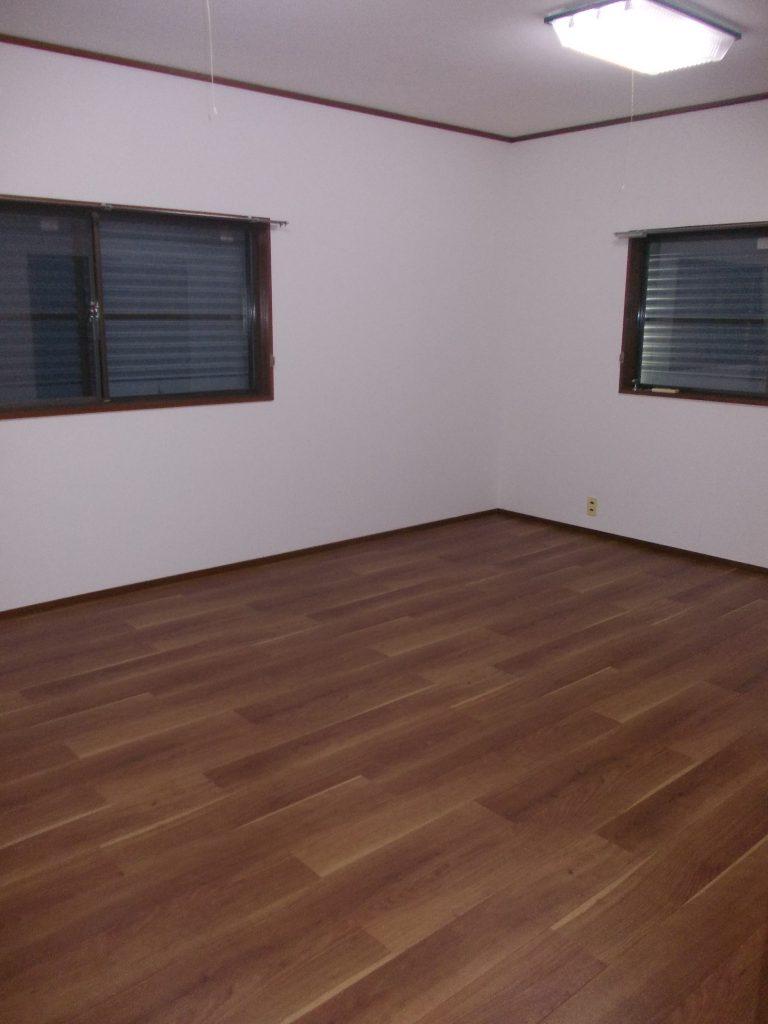 2階10帖洋室